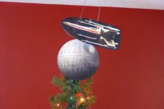 Picture of Customizable Motorized Tree Topper with Star Wars Flair