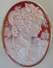 http://esromart.hubpages.com/hub/Cameo-Jewelry-of-Torre-Del-Greco-Classical-and-Timeless-Beauty-of-Cameo-Jewelry