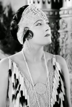 The Krazy Kat Klub 1921 | Vintage Photography | Bloglovin'| actress Gloria Swanson