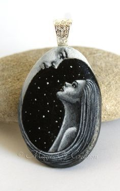 The #girl and the #moon, original #painting on #stone realized as a #unique…