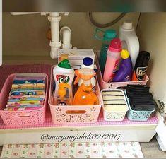 51 Ideas For Kitchen Organization Ideas Under Sink Kitchen Organization Pantry, Diy Kitchen Storage, Bathroom Organisation, Home Decor Kitchen, Room Organization, Under Sink, Küchen Design, Kitchen Layout, Sweet