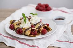 Raspberry Nutella Crepes - Obsessive Cooking Disorder Crepe Ingredients, Crepe Batter, Nutella Crepes, Valentine Desserts, Crepe Recipes, Non Stick Pan, Cream And Sugar, Oreo Cookies, Food Photo