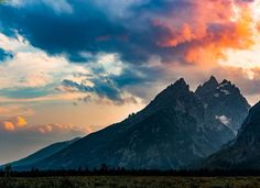 In honor of the National Park Service 100th birthday today - My shot of Grand Teton in all it's glory! [OC] [4000x2900] : EarthPorn
