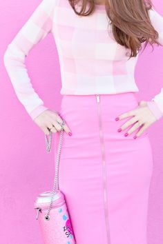 3 Ways to Wear Light, Bright + Monochromatic Outfits   Studio DIY®