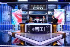 Explore photos of ESPN Studio W's TV set design in this interactive gallery of the studio. Tv Set Design, Stage Set Design, Desk Inspiration, Interior Inspiration, Reception Desk Design, Studio Desk, Tv Sets, Video Wall, Living Room Tv