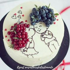 Cake decorated with berries ^^ A handful of ideas like this one for you in our ... - #Berries #Cake #decorated #handful #Ideas
