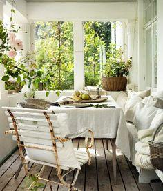 Gorgeous porch via skona hem