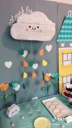 Rainbow Party Decorations, Diy Birthday Decorations, Baby Shower Decorations, Cardboard Crafts Kids, Paper Crafts, Baby Art Crafts, Paper Mache Diy, Cute Diy Projects, Diy Wall Art