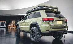 The 2017 Jeep Cherokee is the featured model. The 2017 Jeep Cherokee Overland image is added in the car pictures category by the author on Jun Lifted Jeep Cherokee, Jeep Wrangler Lifted, Jeep Wj, Grand Cherokee Overland, Jeep Grand Cherokee Limited, Jeep Cars, Jeep Truck, Us Cars, Lifted Jeeps