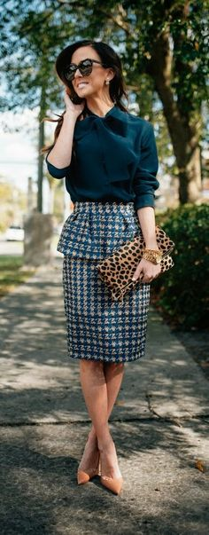 Chic Print Houndstooth Skirt and Bow Blouse with Lepord Clutch