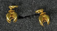 Pair earrings, cruciform shape, Indonesia (Central Java) 8th-12th century, gold