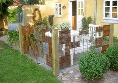 Hegn af Rio-net og pileflet| / Fence of rionet and wicherwork - Haveselskabet