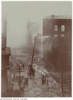 Aftermath of the 1904 fire: Bay Street north of Wellington, looking south Photographer: W. Toronto Pictures, Old Pictures, Old Photos, Toronto City, Toronto Canada, Vintage Photographs, Vintage Photos, Canadian History, April 20