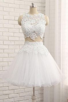 White Tulle Short Two Pieces Homecoming Dress, Lace Prom Dress From Sweetheart Dress on Luulla Cheap Short Prom Dresses, Cute Prom Dresses, Formal Dresses For Women, Sexy Dresses, White Homecoming Dresses, Party Dresses, Evening Dress Long, Formal Evening Dresses, Dress Formal