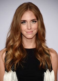 Chiara Ferragni Long Wavy Cut - Chiara Ferragni was gorgeously coiffed with boho-glam center-parted waves at the CFDA Fashion Awards. Hair Color Auburn, Auburn Hair, Brown Hair Colors, Brown Blonde Hair, Brunette Hair, Wavy Hair, Hair Day, New Hair, Cabelo Ombre Hair