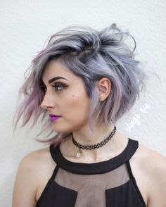 Classy and Fun A-Line Haircut Ideas And Hairstyles for Any Woman ★ See m… - Frisuren Mittelemo Edgy Haircuts, Short Bob Hairstyles, Cool Hairstyles, Asymmetrical Haircuts, Female Hairstyles, Funky Medium Haircuts, Hairstyle Ideas, Asymmetric Hair, Short Asymmetrical Haircut
