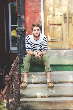 Casual nautical style for men, white and navy tee, worn with olive rolled up trousers and loafers Love!