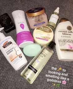 Best hand cream: Dermatologists recommend hands cream for dry skin – CNN Perfume, Oil For Stretch Marks, Piel Natural, Shower Routine, Cream For Dry Skin, Healthy Skin Care, Smell Good, Beauty Care, Beauty Hacks