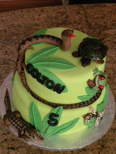 Reptiles By laborrn2 on CakeCentral.com