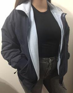 Chaqueta con Polar Dresswerk Azul Talla M : Chaqueta con interior de polar marca Dresswerk color azul con polar celeste Polaroid, Calvin Klein, Color Azul, Bomber Jacket, Blazer, Interior, Jackets, Fashion, Leather Jacket