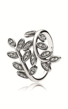 Shimmering Leaves Pandora Ring. This thing doesn't leave my thumb! #Pandora #Ring #silver koehnjewelry.com