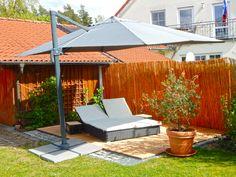 #sonnenschirm #sommer #relaxen Mit unseren Sonnenschirmen werden Deine Stunden im Freien zum Genuss.