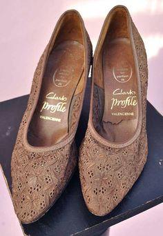 Vintage 60s Brown Lace Cocktail Shoes  Pumps