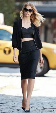 24+ Trendy Ways to Wear a Crop Jacket #evatornadoblog #fashion #style #mycollection #look