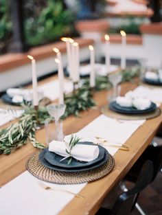 Minimalist inspired table: http://www.stylemepretty.com/2015/05/14/romantic-minimalism-wedding-inspiration/ | Photography: Kurt Boomer - http://www.kurtboomer.com/