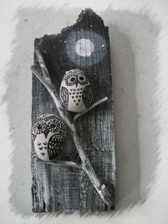 Fun Unique Craft Projects To Try Stone Crafts, Rock Crafts, Crafts To Make, Diy Crafts, Pebble Painting, Pebble Art, Stone Painting, Hobbies And Crafts, Arts And Crafts