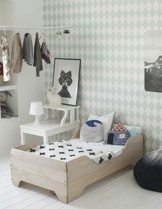 Decoração de: Quarto de criança; papel de parede geométtrico; Casa de Valentina