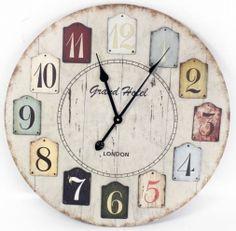 Ooooo I like this Vintage looking clock!