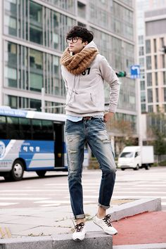 Sportief: Korean fashion | Raddest Men's Fashion Looks On The Internet: http://www.raddestlooks.org