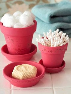 Cute & Clever Idea...Use Small Flower Pots As Containers For Bathroom Essentials...