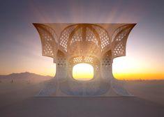 Un bâtiment sacré en contre-plaqué découpé au laser, signé Josh Haywood pour le Burning Man Festival