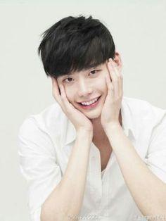 Lee Jong Suk Cute, Lee Jung Suk, Korean Men, Korean Actors, Asian Actors, Julie Lee, Lee Jong Suk Wallpaper, Ahn Hyo Seop, Doctor Stranger