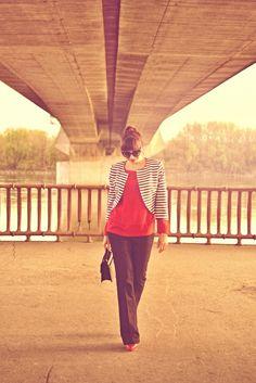 Námornícky štýl je IN #outfit #ootd #spring #fashion #inspiration #jeans #marine #pumps #more #blouse #katharine #jacket #girl #woman #howtowear #fashionstyle #hype #clothing #lookbook #bratislava #jej #Danube #katharinefashionisbeautiful #Pruhované #sako Ootd, Bratislava, Autumn, My Style, Spring, Summer, Inspiration, Outfits