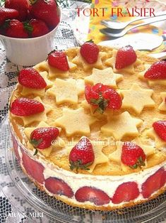 » Tort Fraisier / Tort cu capsuniCulorile din Farfurie Flan, Sweets Recipes, Apple Pie, Biscuits, Gem, Cheesecake, Deserts, Strawberry, Food And Drink