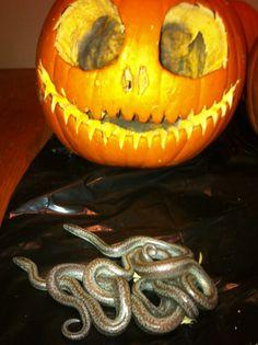 Baby Halloween boas!