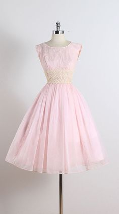 ➳ vintage 1950s dress * soft pink chiffon * acetate lining * cream floral lace at waist * back bow accent * metal back zipper condition |