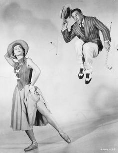 "Gene Kelly and ballet dancer Leslie Caron in the musical ""An American in Paris"""