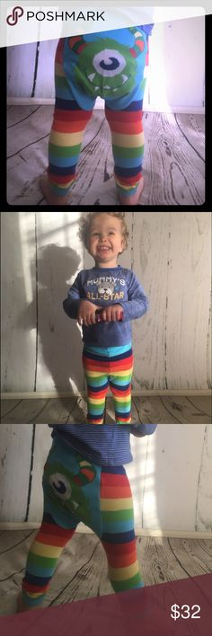 Striped Monster Leggings Watch your kid be the envy of all the moms with these adorable and comfy leggings. They stretch and fit multiple sizes. Small fits size 6-12 months. Medium is 12-24 months. Large fits size 2T-3T. Model is in between 2T and 3T and is wearing a large. Much more room to stretch still! Doodle Pants Bottoms Leggings