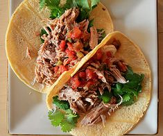 Carnitas: These are made in the crock pot and oven...no frying and man are they muy fantástico  Remember to Vive tu hambre!