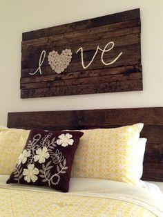 Shotgun shells, home crafts, home projects, diy home decor, home bedroo Diy Home Decor Rustic, Diy Home Decor Bedroom, Farmhouse Decor, Home Projects, Home Crafts, Arte Pallet, Diy Casa, Wood Headboard, Bedroom Headboards