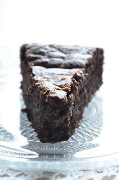 Moelleux au chocolat & Petit Beurre Lu Best Chocolate Cake, Feta, Muffins, Food And Drink, Sweets, Dinner, Cooking, Nabila, Grand Bol