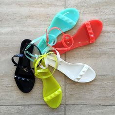 Rock @bananarepublic sandals in every color this summer!
