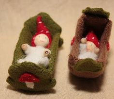 baby gnomes in mossy cradles Waldorf Crafts, Waldorf Dolls, Fairy Crafts, Felt Crafts, Felt Fairy, Kegel, Popsicle Stick Crafts, Needle Felting, Wool Felt