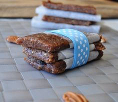 Pecan Pie Larabars  1 cup whole raw pecans, 1 cup whole raw almonds & 12 whole dates, pitted
