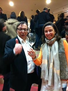 Angélique et Jean-Michel Peyronnet trinquent au démarrage imminent de la chaîne EDONYS entièrement dédiée au vin ! #idealwine