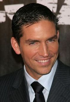 Jim Caviezel - wore brown contacts when he played Jesus in ...